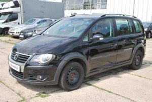 Volkswagen Touran CROSS 2,0 TDI